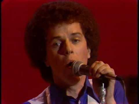 Leo Sayer - You make me feel like dancing (1976)