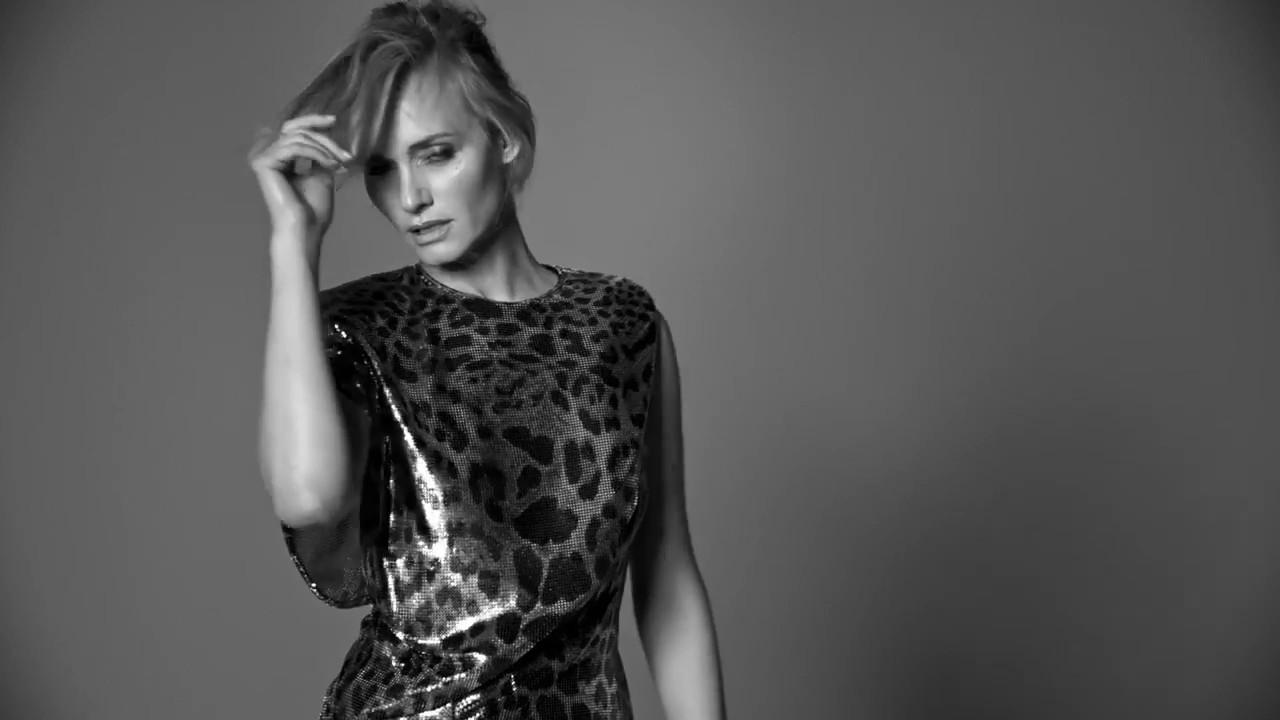 Video Amber Valletta nude photos 2019