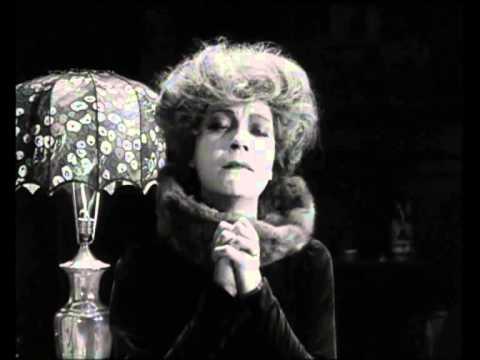 "Asta Nielsen, 1919, em ""Mod lyset"". Canta Alda Verona, 1929, ""Vingança"""