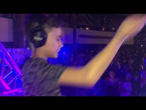 DISFRUTO - DJ AAAR Y DJ D8 REMIX (Carla Morrison)