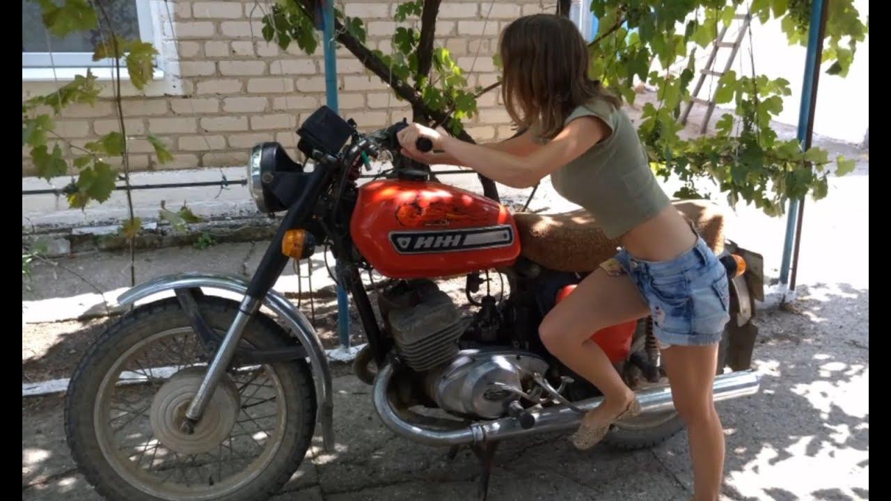 аппетитом проглотила онлайн на мотоцикле урал трахает бабу имеете права