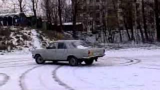 Volga gaz 2410 snow fun. Газ 2410 снежный по фану дрифт =)