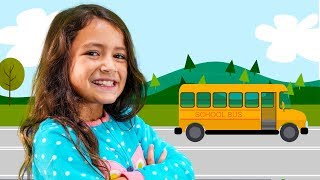 Wheels on the Bus | Nursery Rhymes! great song for kids!