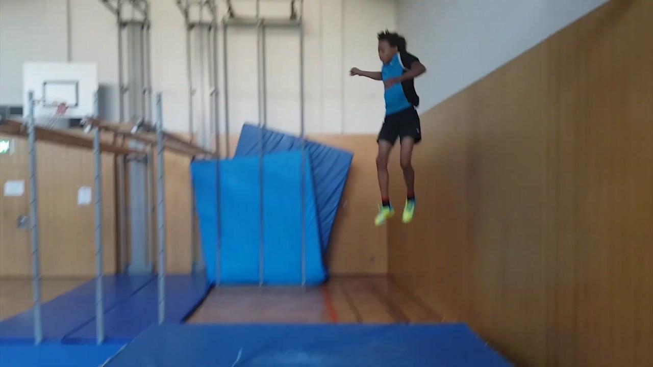 Ninja Warrior im Schulsport   Turnhalle