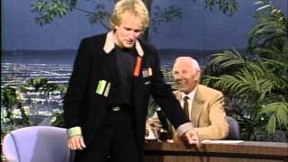 Robin Williams inteviewed by Johnny Carson (Carson's last public show, 1992)