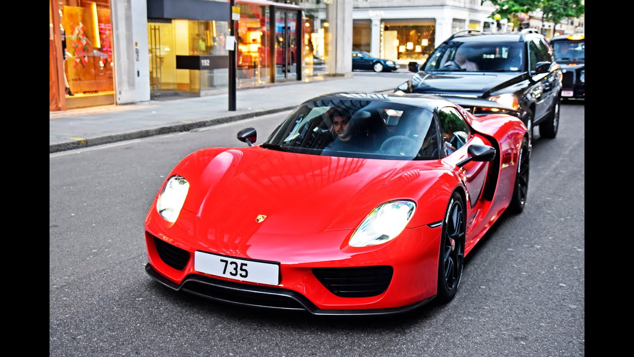 3 porsche 918 spyder cruising in london youtube. Black Bedroom Furniture Sets. Home Design Ideas
