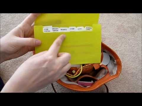 Purse Organization: How to organize your purse on a budget!