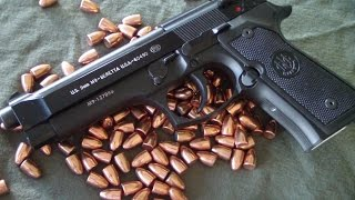 Beretta M9 92FS (live fire HD)