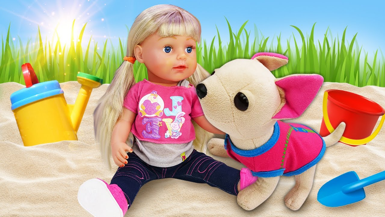 Видео куклы - Беби Бон Эмили и Подружка ЧиЧиЛав! Гуляем и купаем игрушки Как мама - Игры для девочек
