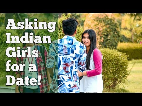 Asking Cute Indian Girls For A Date | Prank In India At SRM University