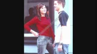 Jared y Elizabeth - Mandy moore y Shane West  Academia Vann Devine