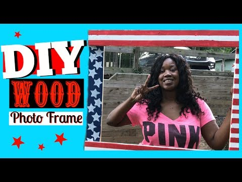 DIY Fourth of July Photo Booth | wood frame prop Party