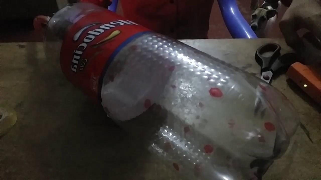 Como hacer una regadera con botella de plastico youtube for Como funciona una regadera electrica