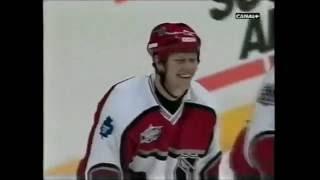 NHL Allstar 2001. Mats Sundin och Peter Forsberg gör mål.