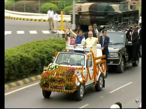 Rousing Reception for PM Modi & Japanese PM Shinzo Abe in Gujarat