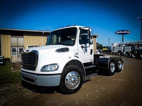 2009 FREIGHTLINER M2 112 Tandem Axle Daycab for sale