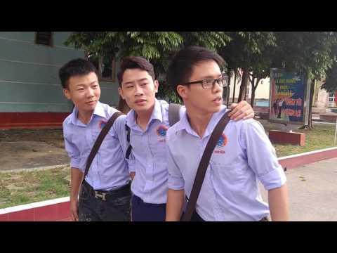 Sinh viên Khoa Điện với cuộc thi Let's talk