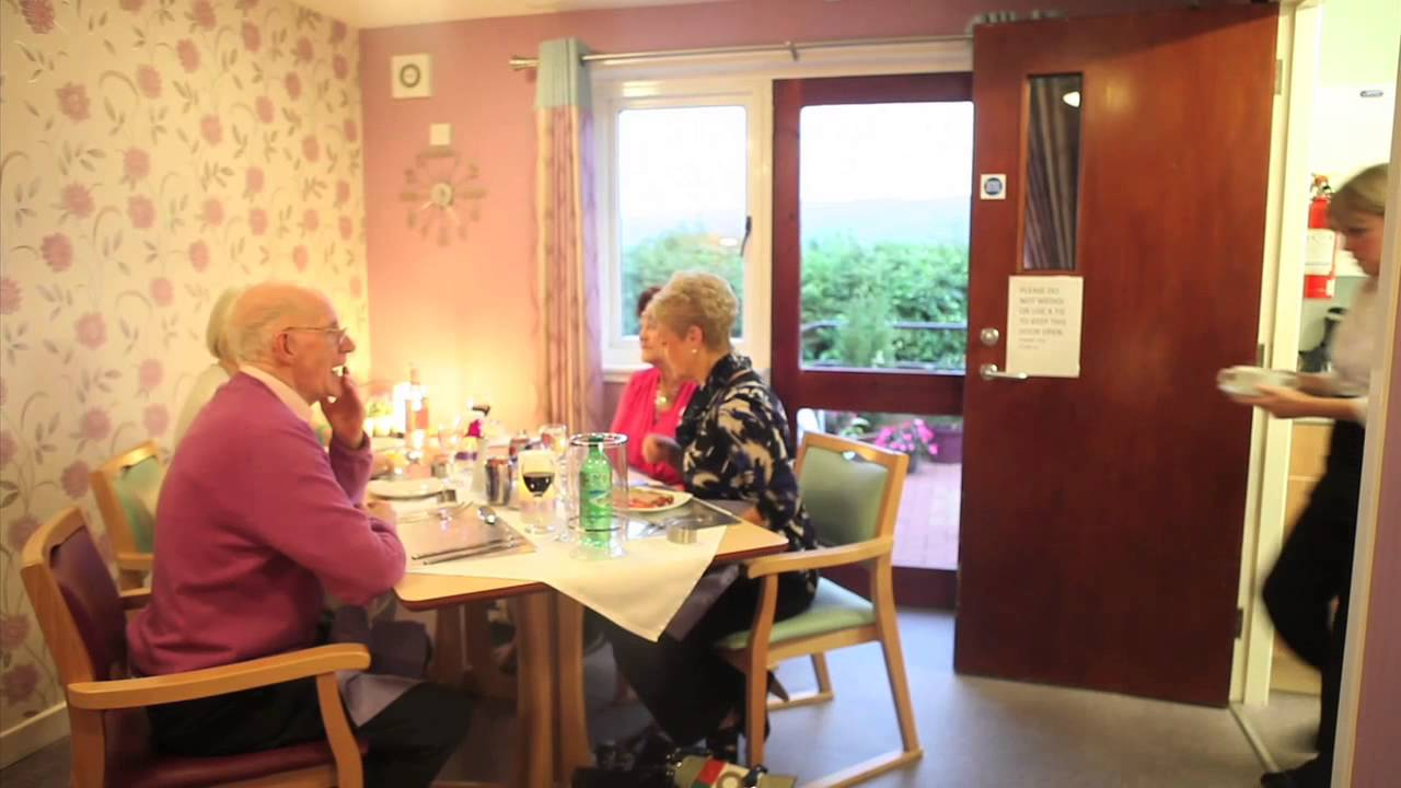 Mary\'s Kitchen, Whitehill Court - YouTube