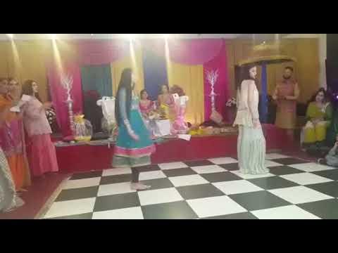 Young girl dance performance romantic song o o o o Arabic song 2017