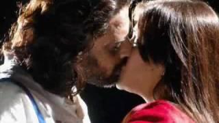 YouTube - Aarthi Agarwal Lip Lock Kiss (visit www.idlehub.com).flv