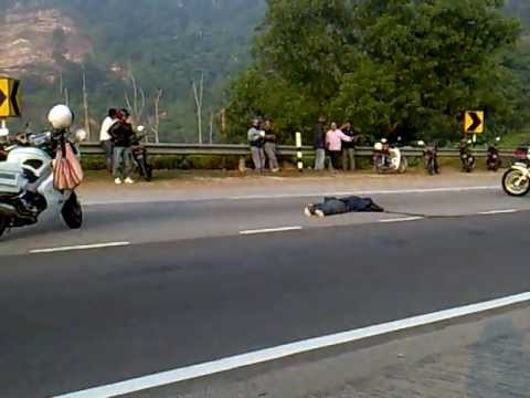 Wanita Tunggang Motorsikal Maut dalam Kemalangan di Jalan Batu Arang
