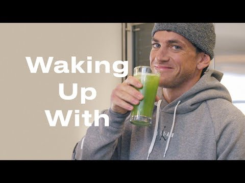 Riverdale Trainer Alex Fine Wakes up to Dogs, Celery Juice & the Perfect Abs | Waking Up With | ELLE