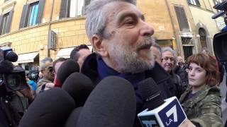 Pd- Damiano disubbidisce a Bersani e va da Renzi (a cantargliele)