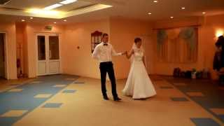 """Первый свадебный танец вальс. Музыка - из худ.фильма """"Мой ласковый и нежный зверь"""""""