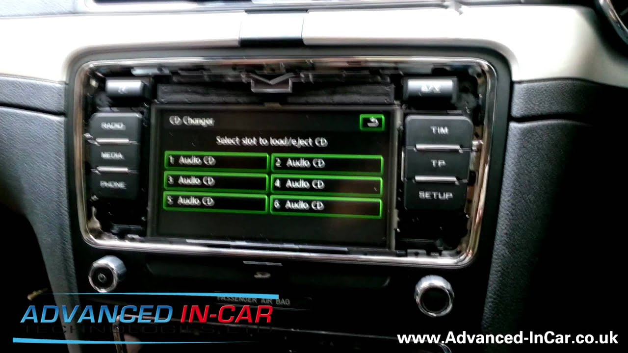 hight resolution of removing the skoda bolero headunit from a 2012 skoda superb youtuberemoving the skoda bolero headunit from