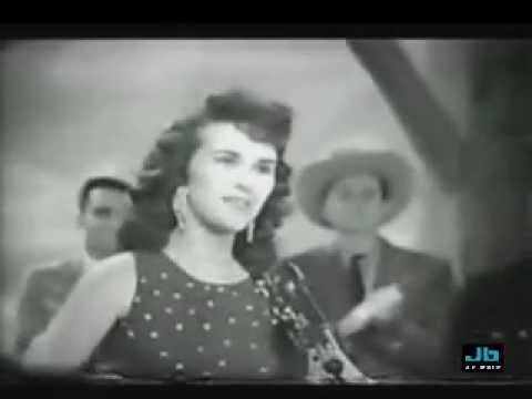 Happy Days - Leather Tuscadero sings Johnny B. Goode from YouTube · Duration:  2 minutes 5 seconds