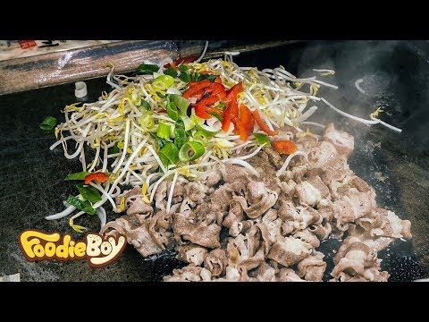 Grilled Beef Brisket and Yaki Udon / Busan Korea / Korean Street Food / 차돌박이&야끼우동 / 부산 깡통야시장 길거리 음식