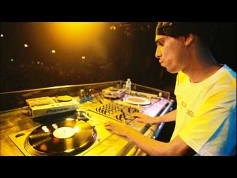 DJ Patife Skol Beats 2005 - Essential Mix Live