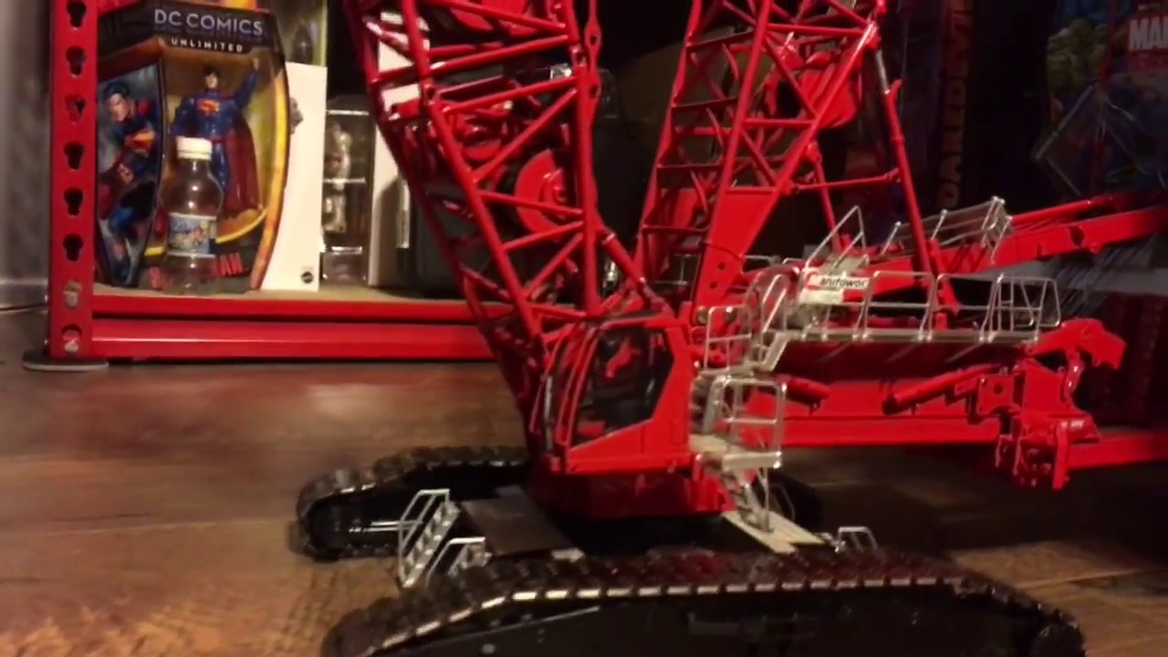 manitowoc model mlc 650 crane by Towsleys fully erected model crawler