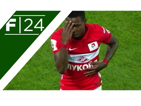 Quincy Promes scores brilliant free kick!
