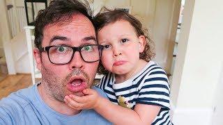 KIDS REACT TO DAD SHAVING HIS BEARD!!