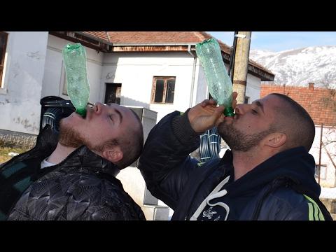 Ko ce brze da popije pola litar vode Giza ili ja?
