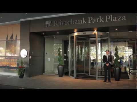Park Plaza Riverbank London   Hotel Video