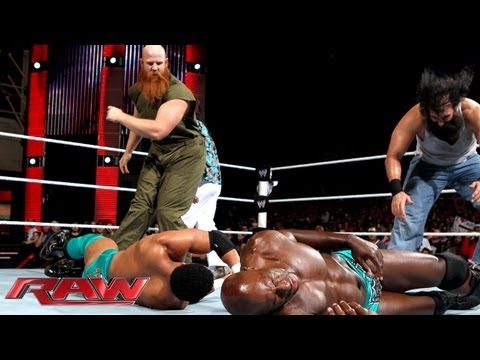 The Prime Time Players vs. Luke Harper & Erick Rowan: Raw, Sept. 23, 2013