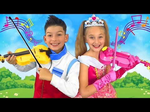 Sasha and Max sing Smile Toys Review official song and play on Toy Musical Instruments