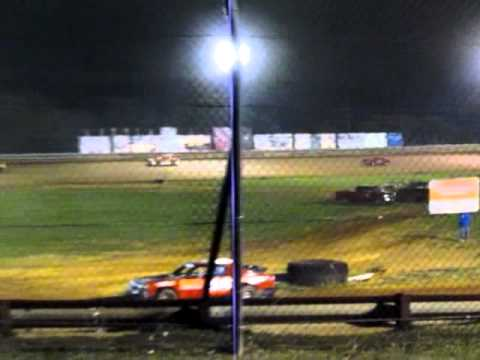 9-17-11 Sportsman Heat Race Bluegrass Speedway