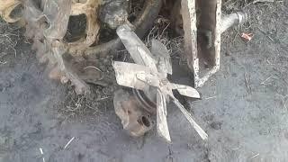 Работа в деревне. Ремонт помпы, чистка радиатора трактора.