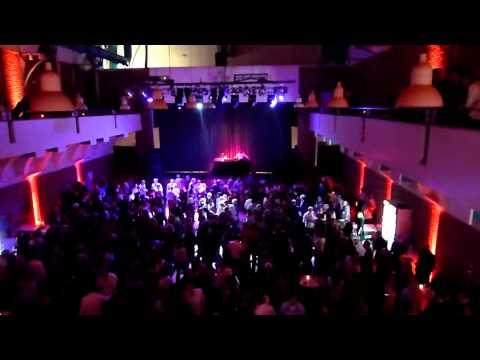 Ü40-Party in der Ohligser Festhalle