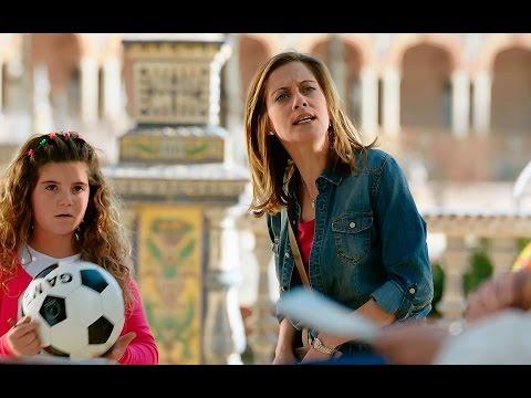 El primer encuentro entre Carmen e Iñaki en la Plaza de España de Sevilla - Allí abajo