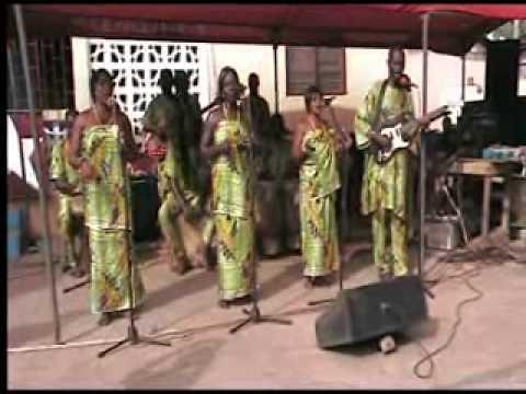 Ayawaso Manshishi Kweloi (cultural band from Ghana) - Wala Aboloo