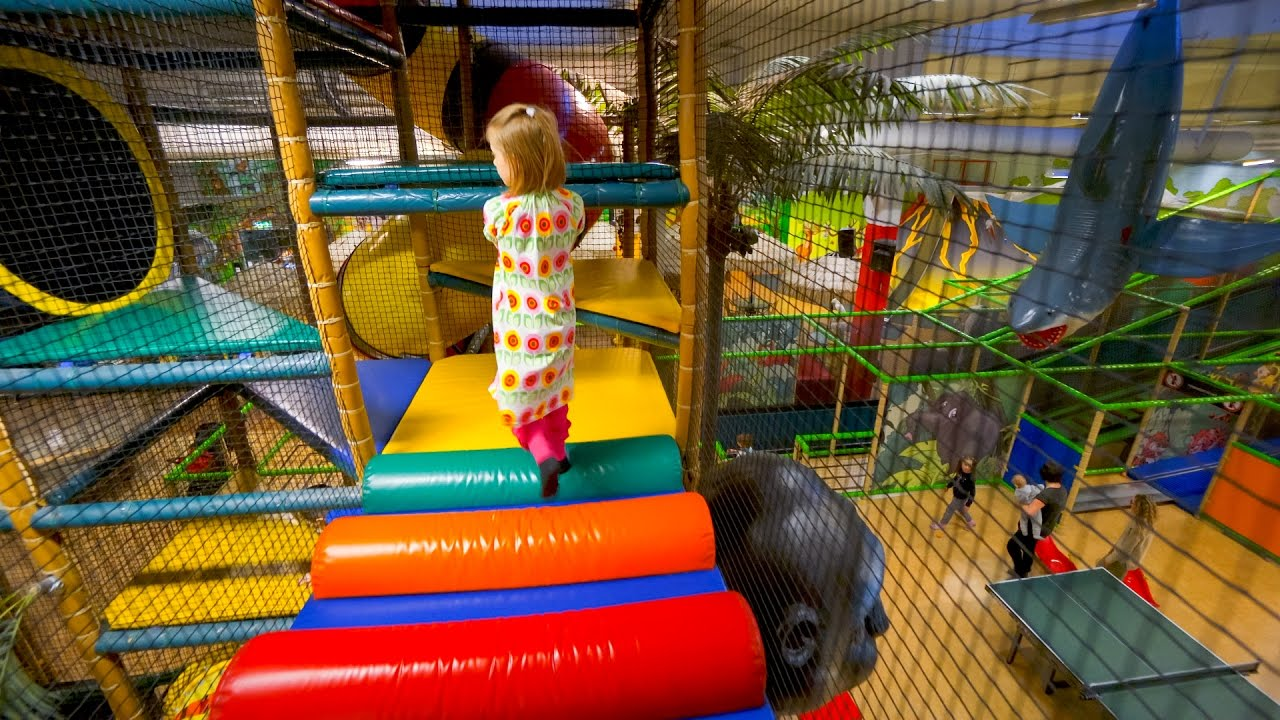 Busfabriken indoor playground fun for kids 6 youtube for Best indoor playground for toddlers