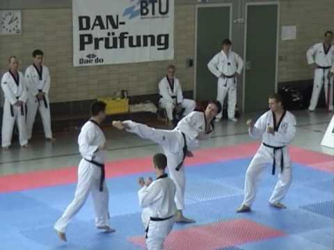 Taekwondo Prüfung Sergio Albanese 6.Dan - Form mit...