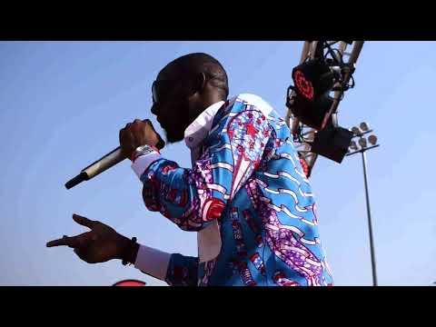 BIDZARO Kagé en concert au palais des sports (Concert des étoiles)