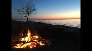 Part 1: Camping Oฑ The Edge.....Of Lake Michigan. Nordhouse Dunes Solo Overnight