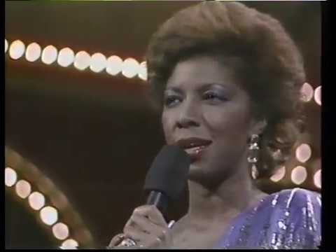 Boston Pops & Johnny Mathis, Natalie Cole pay tribute to Nat Cole '86
