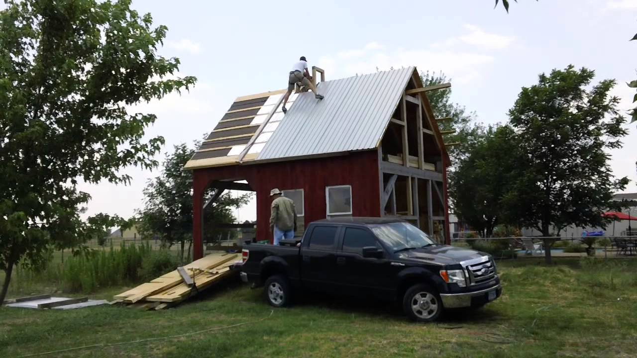 Putting Up Barn Metal Roof Youtube